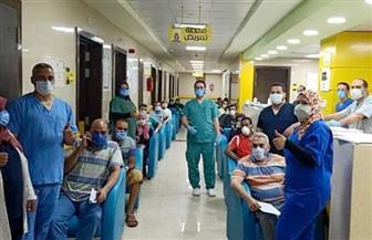 """خروج ٢٢ حالة تعافي من مستشفى العزل بإسنا جنوب الأقصر بعد تعافيهم  من"""" كورونا""""   صور"""