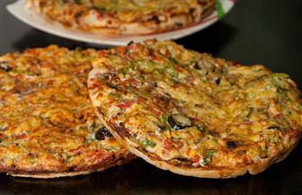 طريقة عمل فطيرة الدجاج الشرقي بطريقة محلات البيتزا