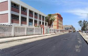 محافظ بورسعيد يوجه باستكمال رصف ورفع كفاءة الشوارع والميادين لاستعادة المظهر الحضاري | صور