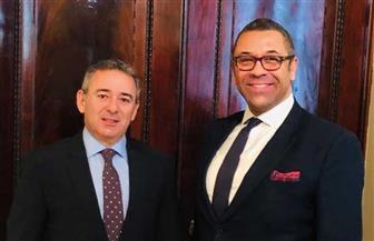 سفير مصر في لندن يجري مشاورات هاتفية مع وزير الدولة البريطاني للشرق الأوسط وشمال إفريقيا