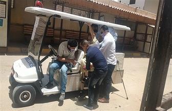 سيارة إسعاف جولف لنقل المرضى بالمراكز الطبية بجامعة المنصورة | صور