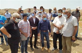نائب محافظ كفر الشيخ يتفقد مدينة تل الفراعين لمتابعة نقل القطع الأثرية | صور
