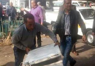 رئيس حي غرب القاهرة يشرف على حملة لإعادة الانضباط للكورنيش وميدان عبدالمنعم رياض