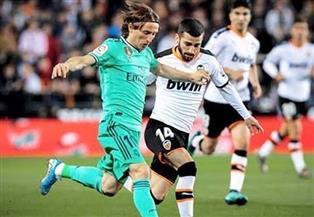 ريال مدريد يستقبل فالنسيا في ختام جولة الليجا