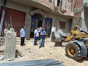 محافظ أسيوط: تنفيذ 22 حالة إزالة لمخالفات بناء وتعديات بحي شرق ومركز منفلوط | صور
