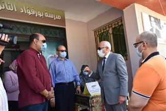 محافظ بورسعيد يشهد «محاكاة» لأحد نماذج لجان الثانوية العامة | صور