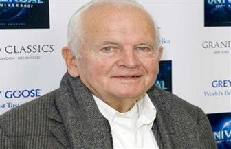وفاة الممثل إيان هولم الحاصل على أربع جوائز أوسكار
