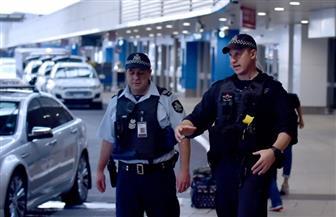 القبض على ثلاثة أشخاص لتهريبهم مخدرات من الولايات المتحدة إلى أستراليا