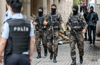 تركيا تحتجز أكثر من 70 جنديا بتهمة الانتماء لجماعة «فتح الله جولن»
