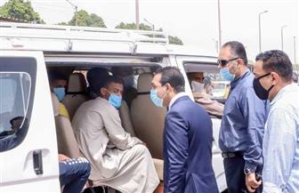 نائب محافظ قنا: المواطنون ملتزمون بارتداء الكمامات للحماية من فيروس كورونا   صور