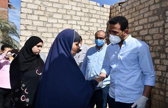 نائب محافظ الفيوم يؤدي واجب العزاء لأسرة الشهيد «محمد محمود» | صور