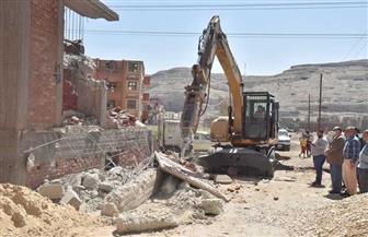 محافظ أسيوط: تنفيذ 3636 حالة إزالة مخالفات بناء وتعديات على الأراضي خلال شهرين | صور