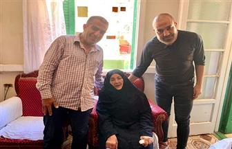 نجم الأهلي السابق محمد رمضان يزور أسرة الراحل علي السعيد ببورسعيد