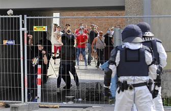 مناوشات بين الشرطة ومنظمي مظاهرة احتجاج على قواعد كورونا في برلين أثناء فضها