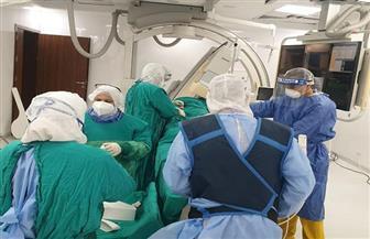نجاح أول عملية قسطرة علاجية لقلب مريضة مصابة بكورونا في بورسعيد  صور