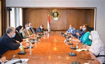 مكرم وجامع تعلنان إتاحة فرص عمل للمصريين الـ ٢٣ العائدين من ليبيا