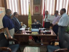 وزير التربية والتعليم يطمئن على سير امتحانات الثانوية بشمال سيناء عبر «فيديو كونفرانس»