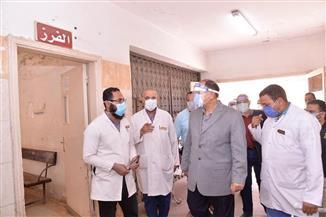 محافظ أسيوط: تماثل 29 مصابا بـ«كورونا» للشفاء وخروجهم من عزل أبوتيج والمدينة الجامعية | صور