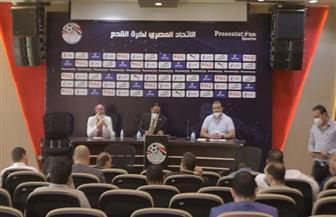 اللجنة الخماسية تجتمع مع فرق «المظاليم».. والأندية تطالب بإلغاء الهبوط