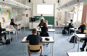 بدء عودة ملايين الطلاب إلى المدارس في فرنسا بعد تخفيف قيود «كورونا»