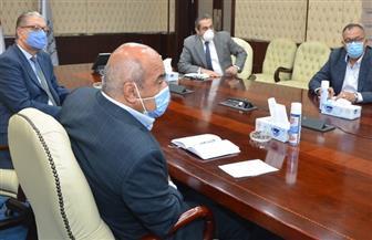 نائب وزير الإسكان يتابع الموقف التنفيذي لمشروع منطقة الأعمال المركزية بالعاصمة الإدارية الجديدة | صور