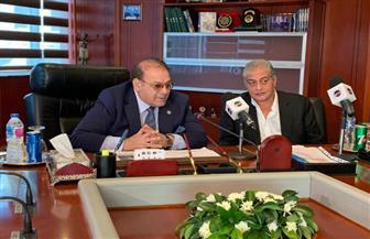 الإعلامي أسامة كمال ينضم لفضائية «المحور»