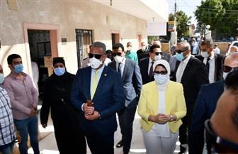 وزيرة الصحة ومحافظ الفيوم  يتفقدان مبادرة 100 مليون صحة بقرية جرفس | صور