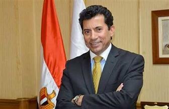 وزير الرياضة مهنئا صلاح بعد فوز ليفربول بالدورى: خير سفير للاعبين المصريين في الخارج