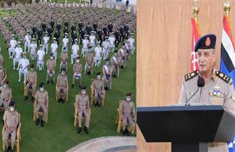 وزير الدفاع يشهد تخريج دورات جديدة من دارسى أكاديمية ناصر العسكرية العليا وكلية القادة والأركان