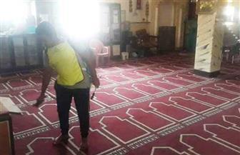 استعدادا لفتحها مجددا.. أهالي أسوان يتطوعون لتطهير المساجد | صور