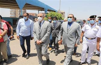 محافظ سوهاج ومدير الأمن يقودان حملة لإزالة برج مخالف بجرجا| صور