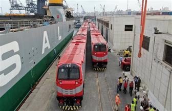 وزير النقل يتابع تنزيل 20 جرار سكة حديد بميناء الإسكندرية ضمن صفقة تصنيع وتوريد 110 جرارات جديدة | صور