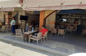 مقاهي كفرالشيخ تستقبل روادها  في اليوم الأول لإعادة تشغيلها   صور