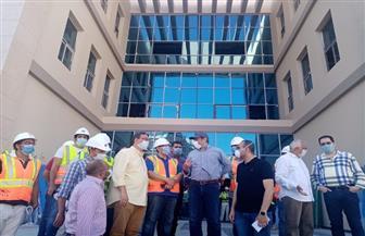 نائب وزير الإسكان يتفقد مشروعات مدينة العلمين الجديدة |صور