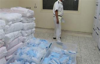 ضبط 2400 كمامة طبية حجبها تاجر بمحل في الإسكندرية