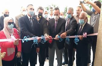 محافظ شمال سيناء يفتتح أول خط لإنتاج الكمامات بمدرسة الشهيدة نهال العقيد | صور