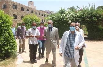 سكرتير عام محافظ قنا يترأس لجنة للمرور على مستشفيات الحميات والصدر   صور