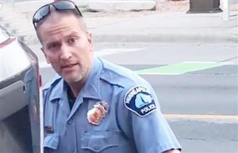 الادعاء الأمريكي يرفع تهمة القتل ضد الشرطي المتسبب في وفاة جورج فلويد