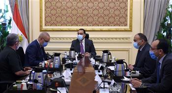 رئيس الوزراء يتابع موقف مشروعات محافظة الإسكندرية.. إنشاء مدينة سكنية بالعامرية وتطوير منطقة حدائق المنتزه