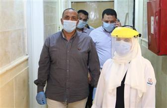 لجنة إدارة أزمة كورونا تتابع سير العمل بمستشفى الصدر بالسويس | صور