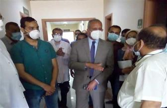 محافظ قنا: تقديم الخدمات الطبية للمصابين بفيروس كورونا |صور