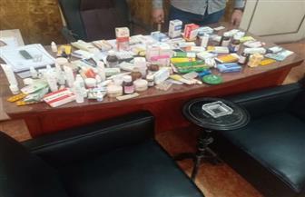 ضبط أدوية مغشوشة لعلاج فيروس كورونا بسوق شعبي في المنصورة | صور
