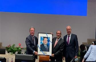 المدير التنفيذي لبرنامج الغذاء العالمي يقيم مراسم تكريم للسفير هشام بدر|صور