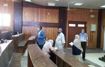 رئيس جامعة أسوان يتفقد سير الامتحانات بكليتي دار العلوم والألسن |  صور