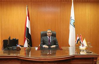 رئيس جامعة الأقصر يتابع تطبيق الإجراءات الاحترازية بامتحانات الفرق النهائية | صور