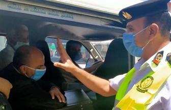 الداخلية تتخذ إجراءاتها القانونية ضد 2049 سائق نقل جماعى لعدم الالتزام بارتداء الكمامة