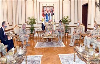 وزير الدفاع يلتقي قائد القيادة المركزية الأمريكية