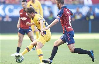 برشلونة يستضيف أوساسونا متمسكا بالحلم المستحيل