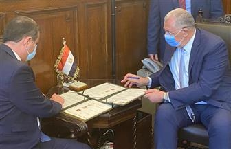 وزير الزراعة يوقع بروتوكول تعاون لتطوير الري في محافظة الوادي الجديد |صور