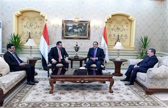 رئيس الوزراء اليمني: نعول بشكل كبير على أشقائنا في مصر لإعادة بناء مؤسساتنا